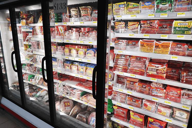 パラオWCTCの冷凍食品コーナー