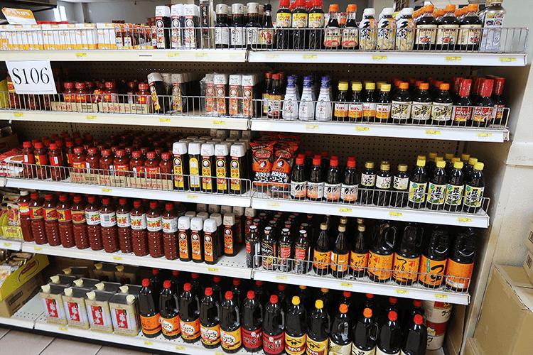 パラオWCTCの日本食調味料コーナー