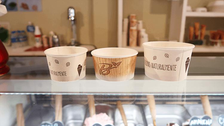 パラオアマレーナジェラートショップのカップサイズ